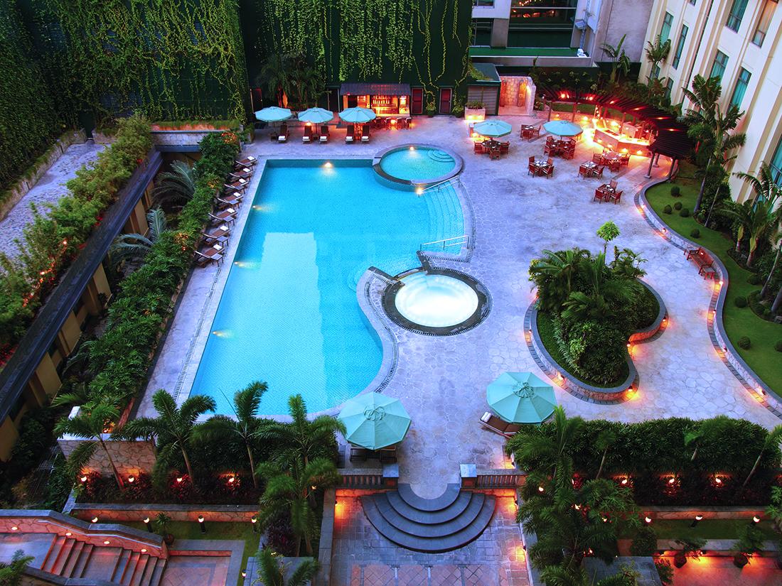 Club Oasis - Pool