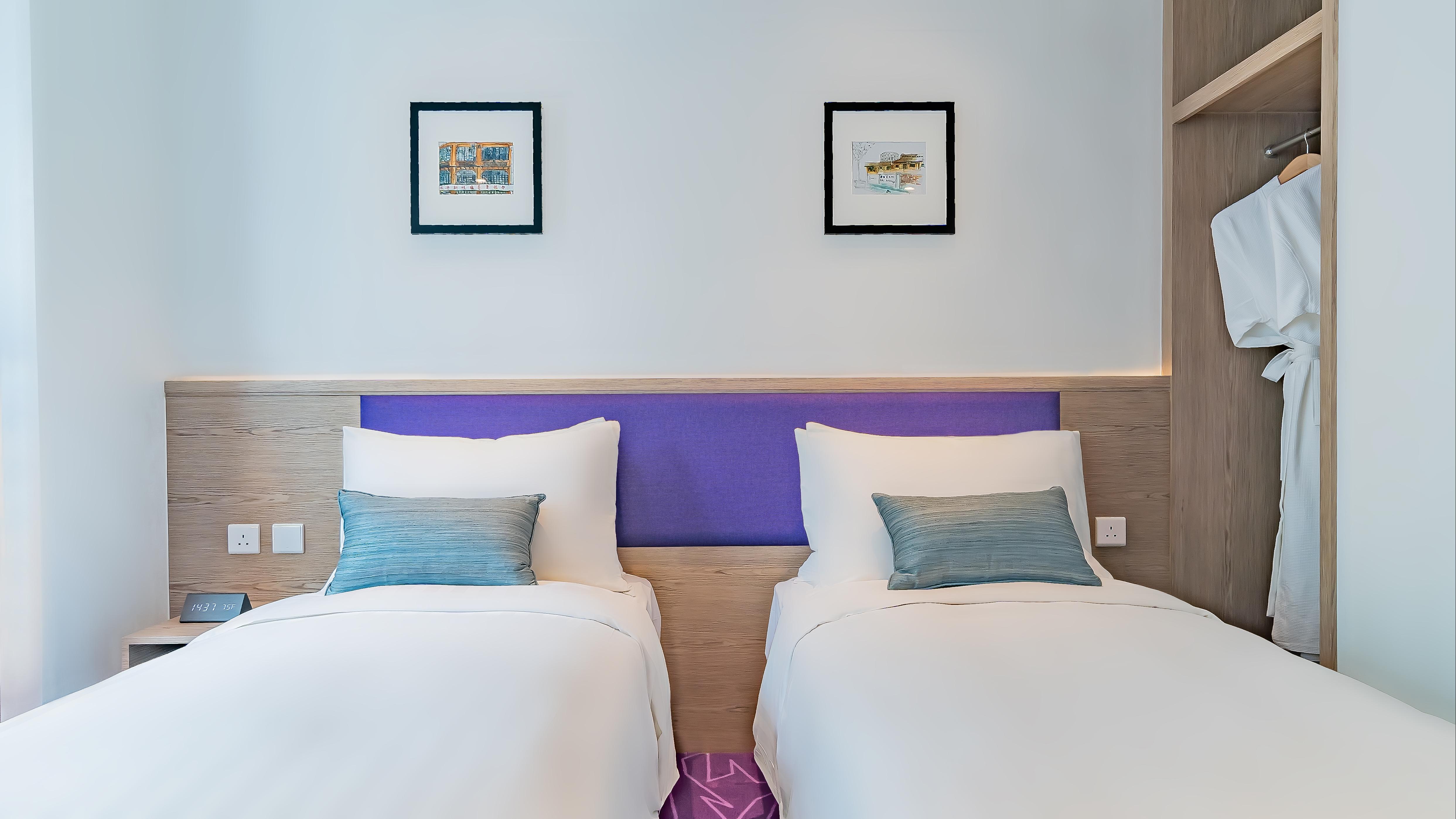 Hotel Purple - Studio Twin Room